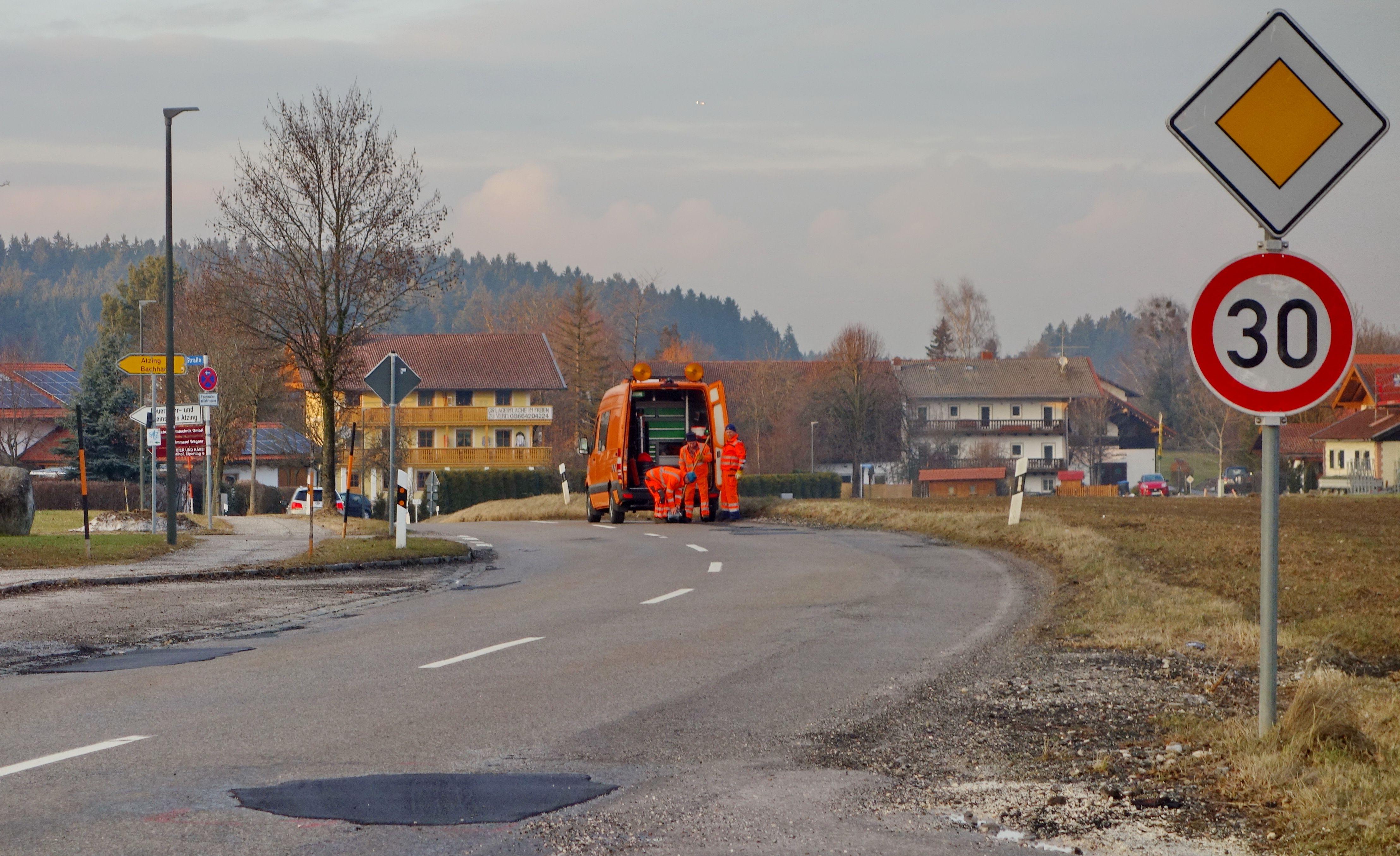 0220 Straßenschäden Prutdorf
