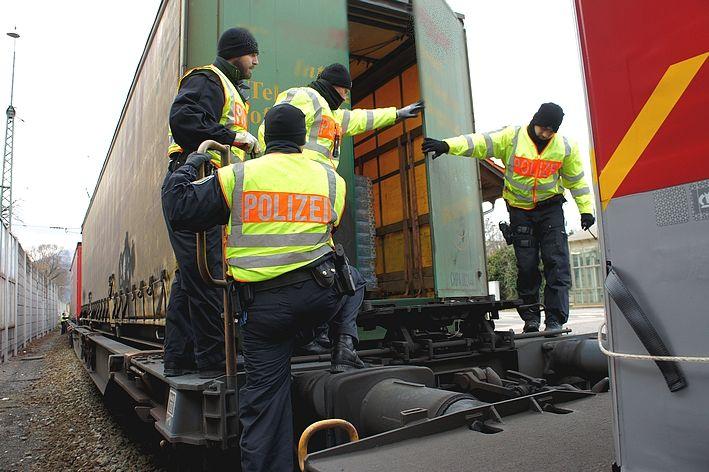 0717 Bundespolizei Güterzugkontrole