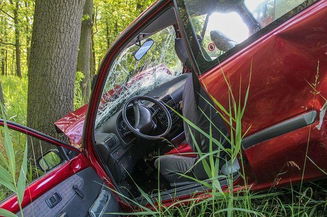 accident-2161956 640