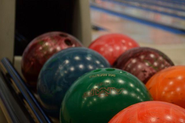 ball-2178452 640