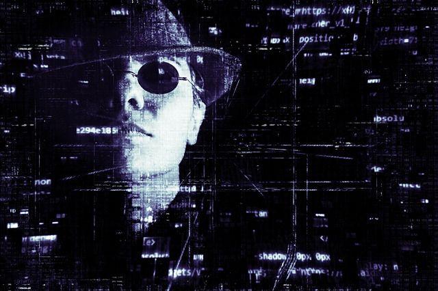 hacker-2077138 640