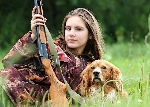 hunter-1503082 640