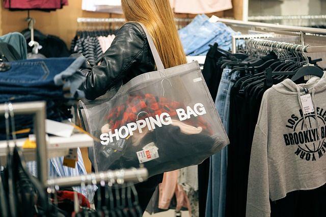 shopping-2163323 640