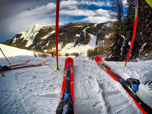 skis-1785285 640