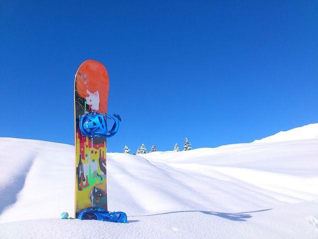 snowboard-113784 640