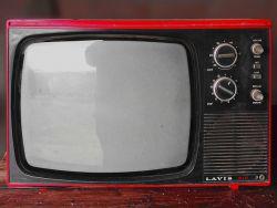 vintage-tv-1116587 640