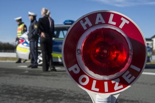 Polizeikelle Stopp Kontrolle