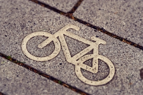 cycle path 3444914 640 1