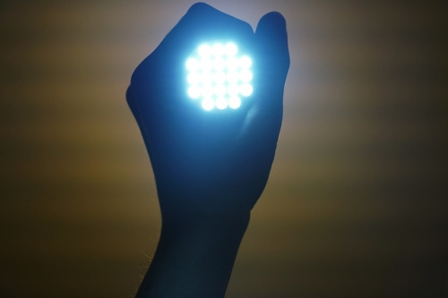 flashlight 2728582 640