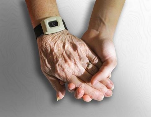 hands 216982 640