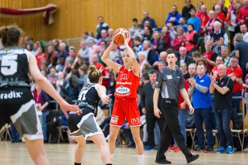 Basketball Wasserburg SophiePerner Foto Brei