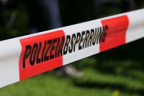 Absperrband Polizei Tatort 3