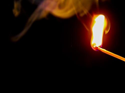 Brandstiftung Zuendholz