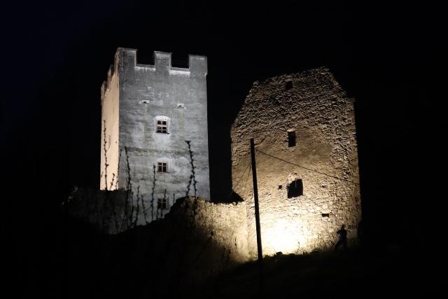 Burg Falkenstein Beleuchtungstest 1