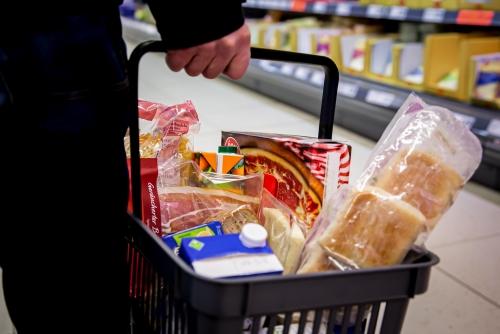 Einkaufskorb Supermarkt Lebensmittel