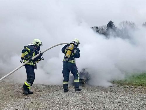 Feuerwehreinsatz Atemschutz Rauch