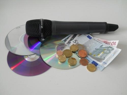 GEMA Gebuehr Mikrofon Geld
