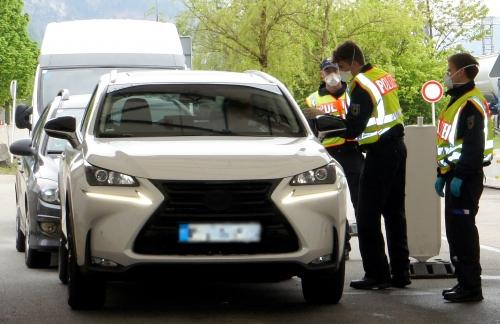Grenze Kontrolle Polizei 2