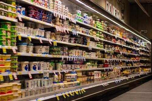 Milch Joghurt Molkereiprodukte Supermarkt
