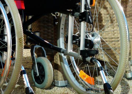 Rollstuhl Symbolbild