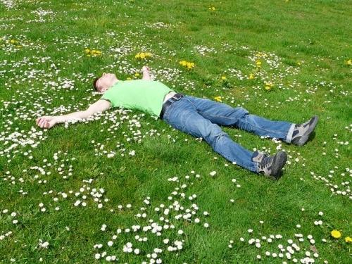 Schlafen ausruhen entspannen