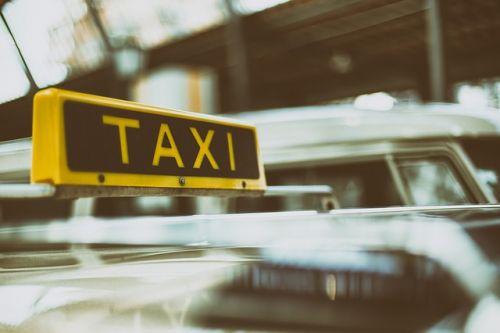 Taxi Symbolbild 1