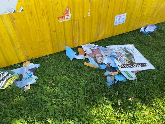 Vandalismus Wahlplakatwände 2