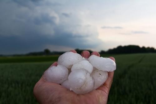 hail 3174126 640