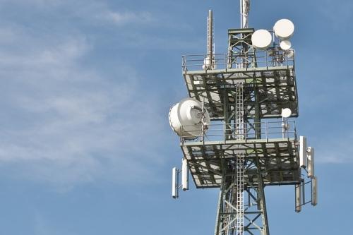 radio masts 600837 640 1