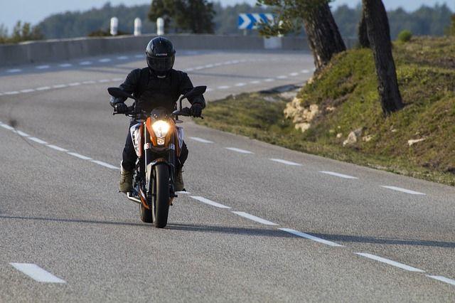 biker-2157021 640