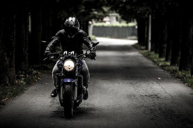 biker-407123_6401.jpg
