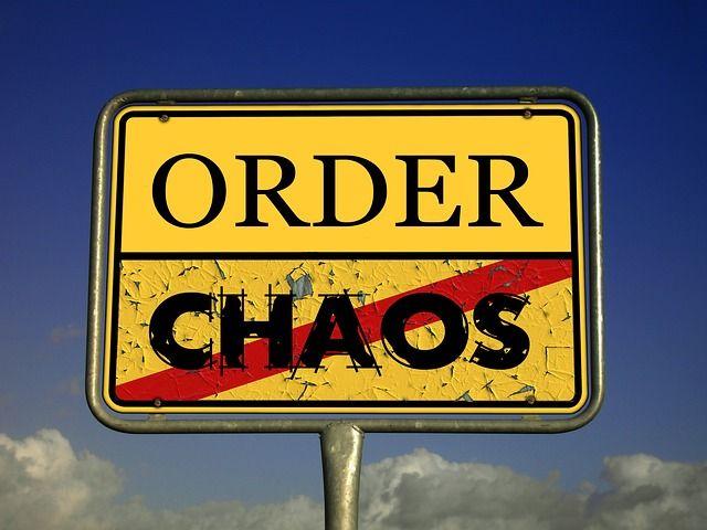 chaos-485493_640.jpg