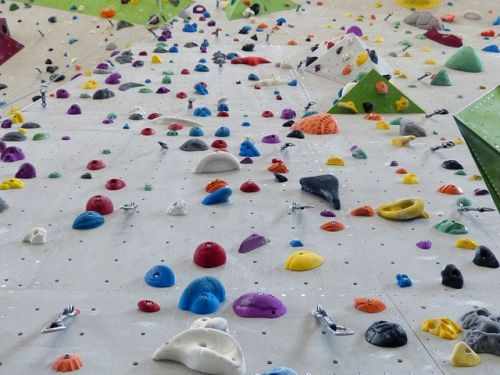 climbing-holds-101538 640