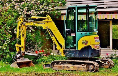 excavators-2482943 640