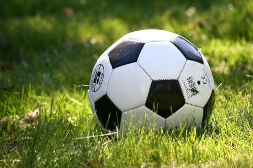 football 1396740 640