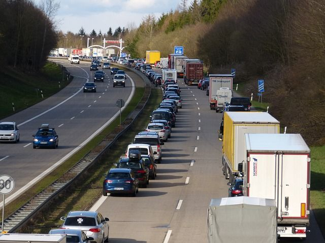 highway-2548838_640.jpg