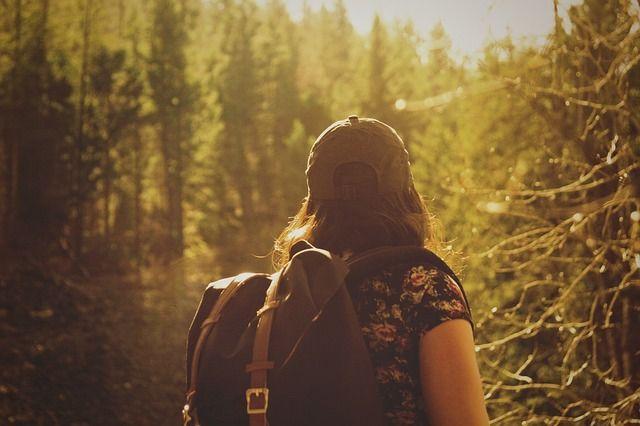 hiker-846094_640.jpg