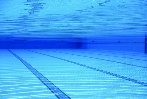 swimming pool 504780 640