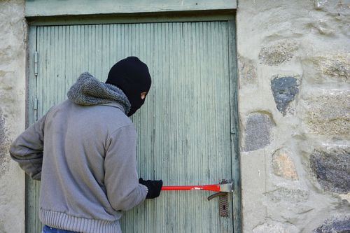 thief-1562699 640